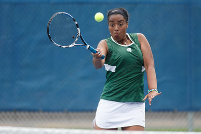 Maloney's Tatyana Inman Thursday at Platt High School in Meriden May 17, 2018 | Justin Weekes / Special to the Record-Journal