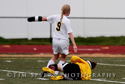 LHSS_Girls_Soccer_vs_Villa-111-359