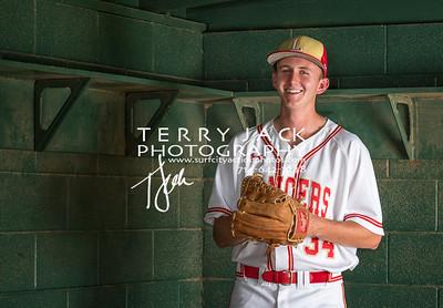 2017 Olu Baseball seniors-127-Edit