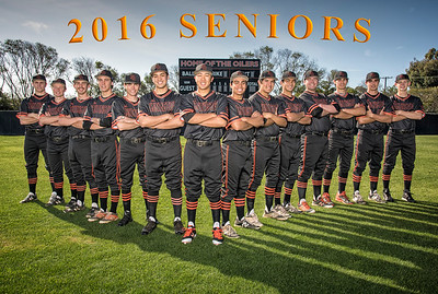 Seniors with text-102