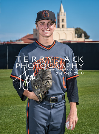 HB Baseball 2018 V Nate Madole-195-Edit