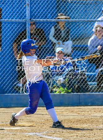 HB vs Fountain Valley Softball-039