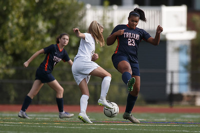 Lyman Hall's Shianna Reeves challenges for possession Thursday at Fitzgerald Field on the campus of Lyman Hall in Wallingford September 20, 2018 | Justin Weekes / Special to the Record-Journal