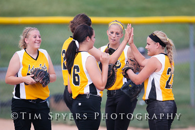 LHSS_Softball_vs_Fox-20090828-286