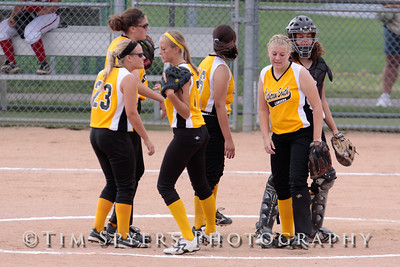 LHSS_Softball_vs_Fox-20090828-34
