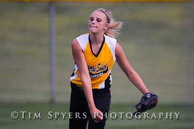 LHSS_Softball_vs_Fox-20090828-306
