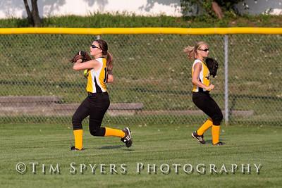 LHSS_Softball_vs_Parkway-20090909-495