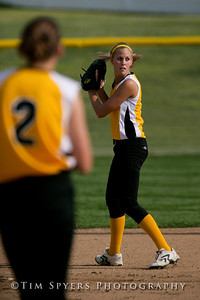 LHSS_Softball_vs_Parkway-20090909-570