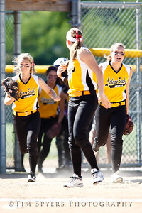 LHSS_Softball_vs_Ursuline-237-73