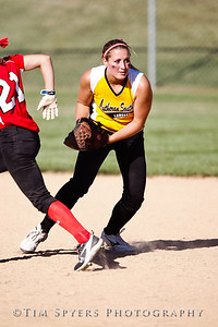 LHSS_Softball_vs_Ursuline-237-300