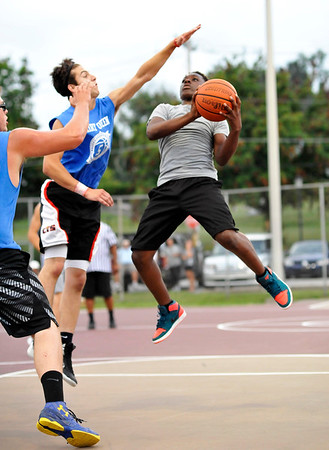 High School Summer Hoops in California League July 21