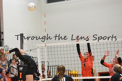 South Medford Roseburg Volleyball 102219 Leon Neuschwander474