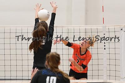 South Medford Roseburg Volleyball 102219 Leon Neuschwander477