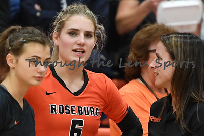 South Medford Roseburg Volleyball 102219 Leon Neuschwander428