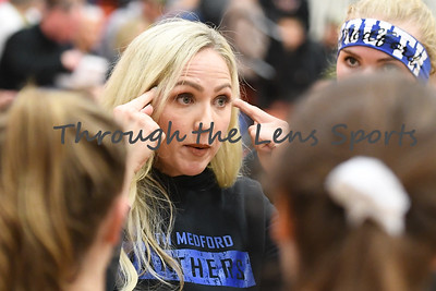 South Medford Roseburg Volleyball 102219 Leon Neuschwander485