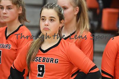 South Medford Roseburg Volleyball 102219 Leon Neuschwander424