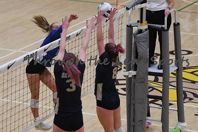 valley catholic vs  banks 4a vb tournament 110819 leon neuschwander215