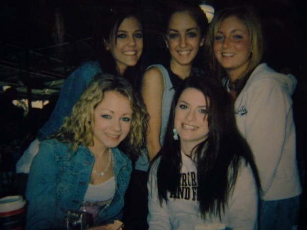 Casey and Amber (Front)<br /> Jackie Cahill, Jena Ferrigno Lindsey Burke (rear)