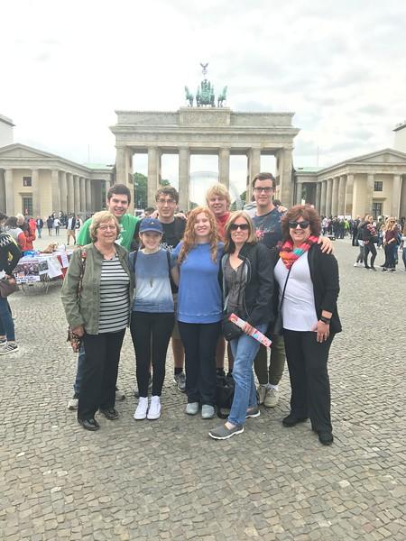 2017 12th Grade Europe Trip