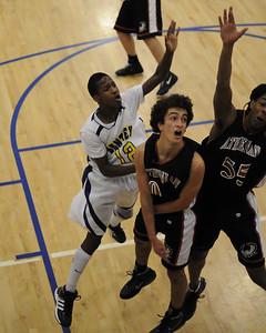 Men's Varsity Basketball, 01/09/09