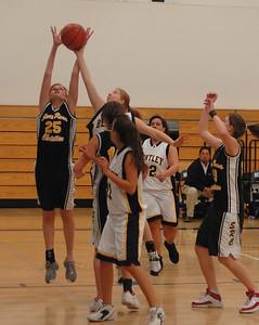 Women's Varsity Basketball, 12/05/06
