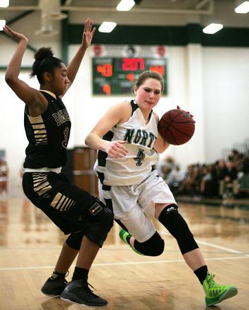 NN v MCHS basketball 3