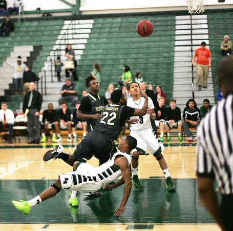 NN v MCHS basketball 5