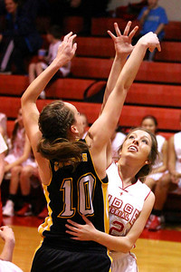 Judge Memorial WBB vs Uinta 1-31-2013. Taylor de Jonge (22)