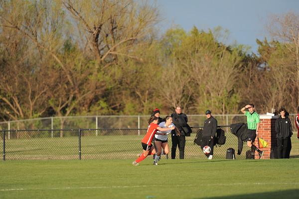 NN V Mustang Soccer
