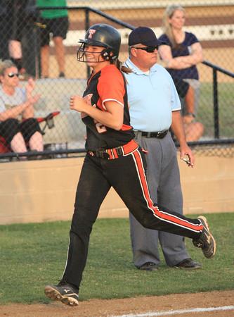 Southmoore v Tahlequah softball state 3