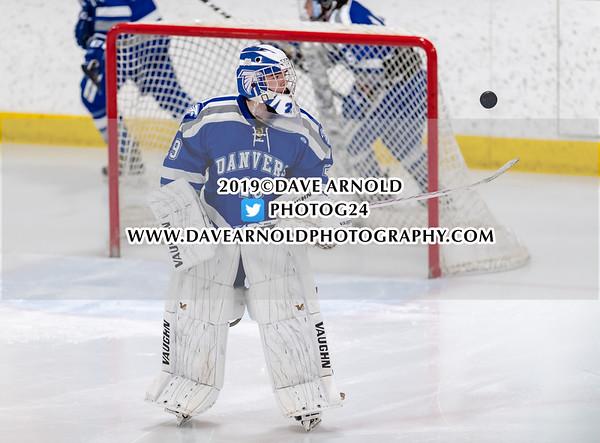 Boys Varsity Hockey:  Danvers defeated Woburn 2-1 on January 14, 2019 at O'Brien Arena in Woburn, Massachusetts.