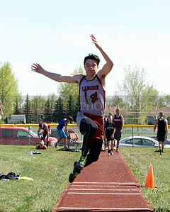 Devils Lake Track Meet 5-15-17