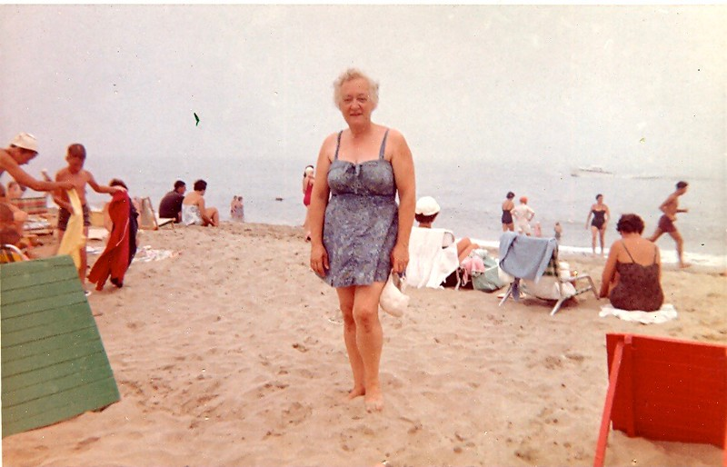 Likely the new Sandlass Beach Club, Sea Bright, NJ 1960's