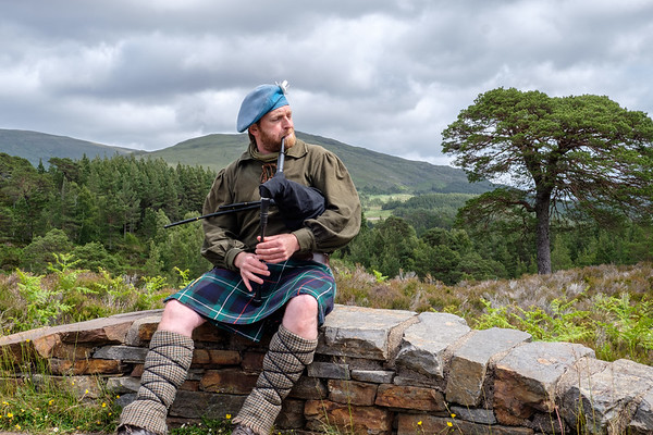 Highlands of Scotland, Glasgow, Lochs, Castles, Glens, Inverness, Aberdeen and Fort William