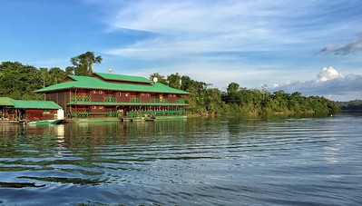 The lovely Ecolodge da Barra is anchored to an island in the Tapajós, about 15 minutes by boat upriver from the community.