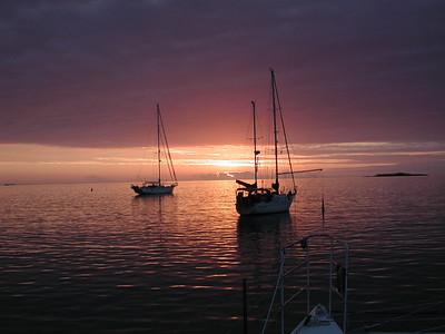 Kuto Bay, just another stunner sunset!