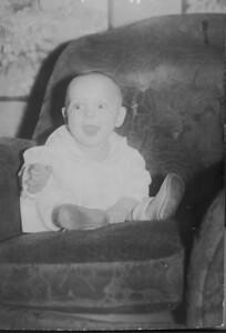 1933 00 00-Baby_Karl_H
