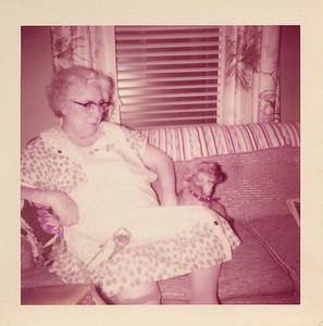 1957 01 00-Aunt_Betty?