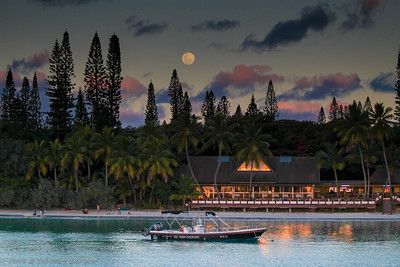South Pacific Moonrise