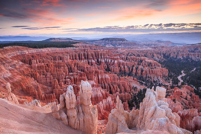 Bryce: pre-dawn at Inspiration Point
