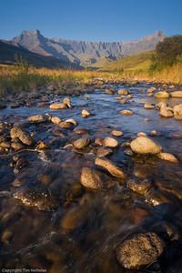 Drakensberg - Amphitheatre, Tugela River 2