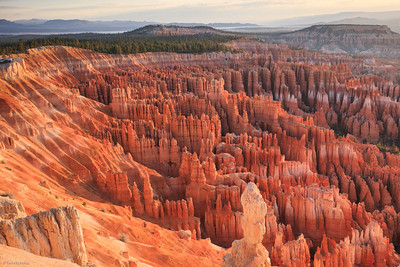 Bryce: sunrise at Inspiration Point