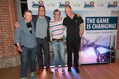 Dirk Matzke (Knust), Boris Böhringer (Moderator Eröffnungsparty), Alexander v. Beyme (Leiter OK), Lars Wiebusch (Kettcar)