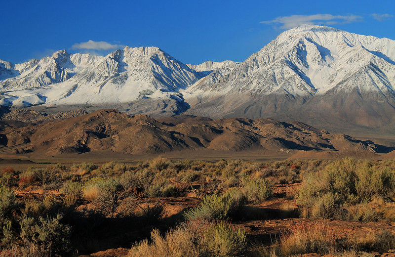 Mount Humphreys, Basin Mountain, and Mount Tom from Volcanic Tablelands