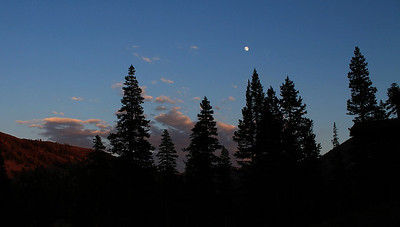 Friday moon at sunset from Tynej, Kirkwood.