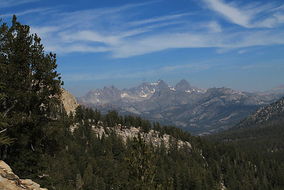 Ritter Range from trail to Mammoth Crest