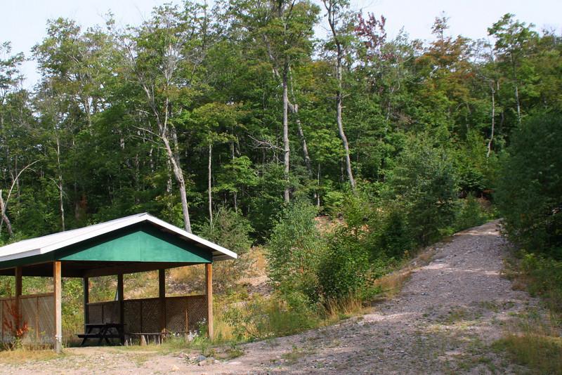 Mile 38 Road Trailhead -- 1,200'