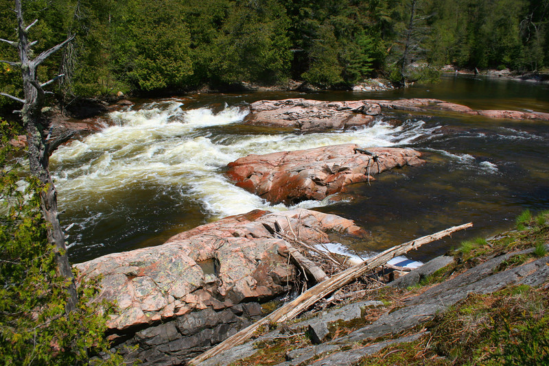 A series of rapids continued upstream from the falls...