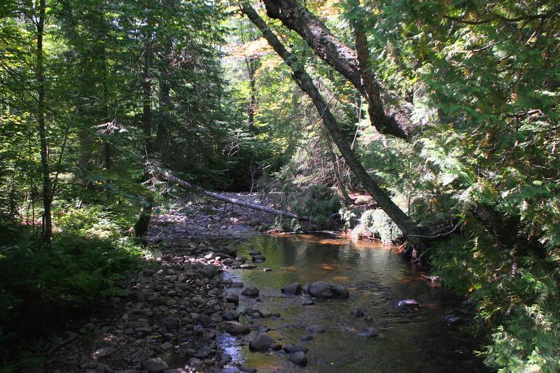 Roth Trail -- 900'