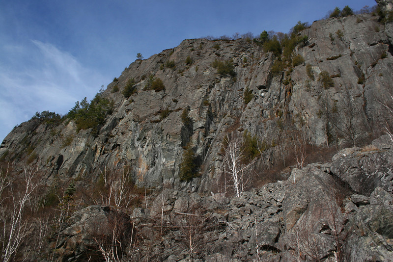Robertson Lake Cliffs Boulderfield